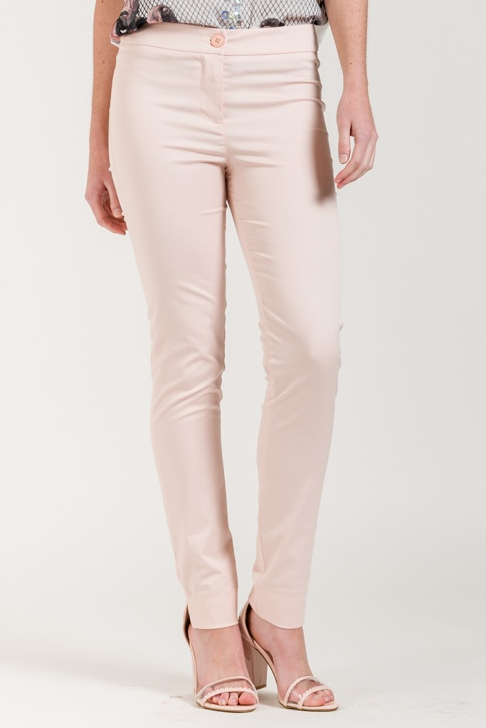 CLASSIC CHINO TROUSERS