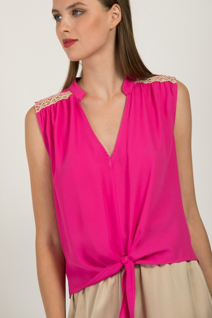 CROP TOP WITH TIE FRONT HEM