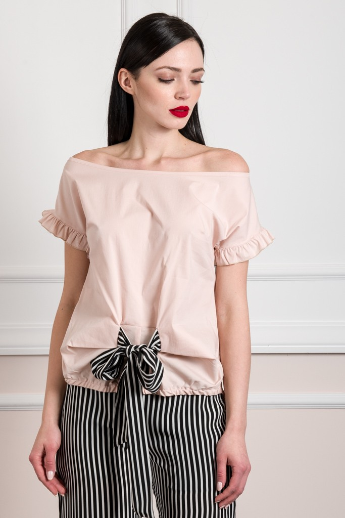 SHORT SLEEVES TOP WITH BOW