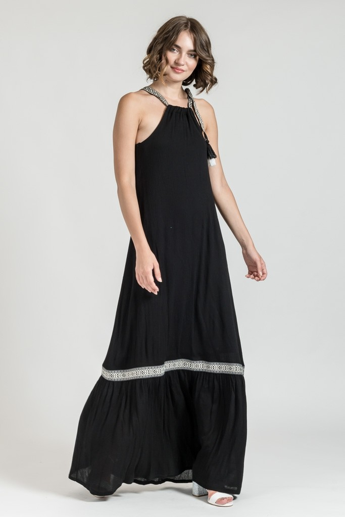 MAXI LOOSE DRESS WITH APPLIQUE FABRIC