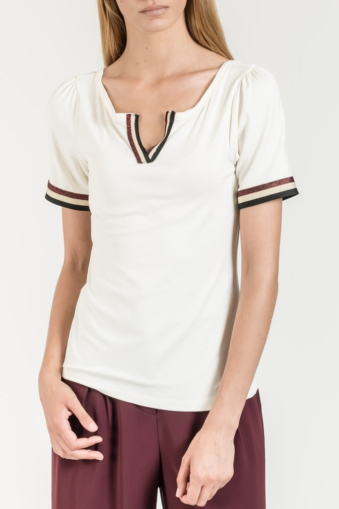 MONOCHROME V NECK T-SHIRT