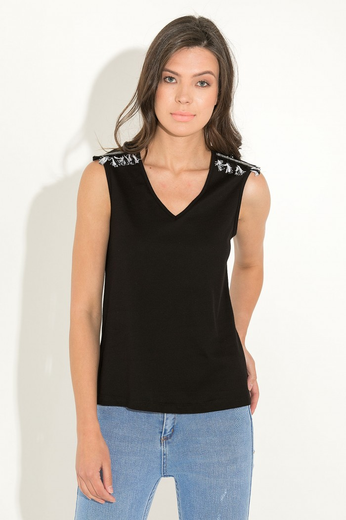 SLEEVELESS T-SHIRT WITH POM POMS ON SHOULDERS