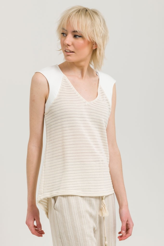 SLEEVELESS KNIT STRIPED TOP