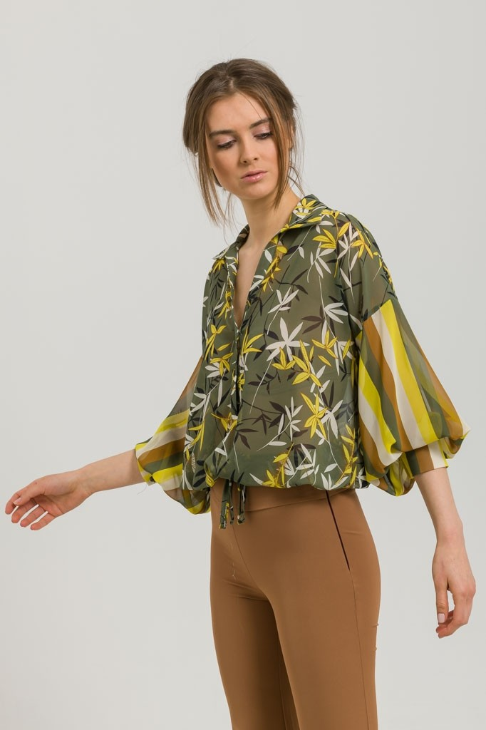 PRINTED CHIFFON BLOUSE WITH BUTTONS
