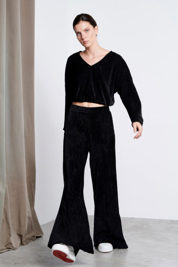 CHENILLE SLEEVED CROP TOP