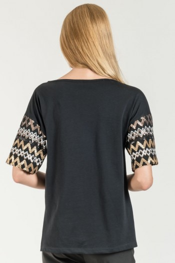 BLOUSE WITH SEQUIN DETAILS