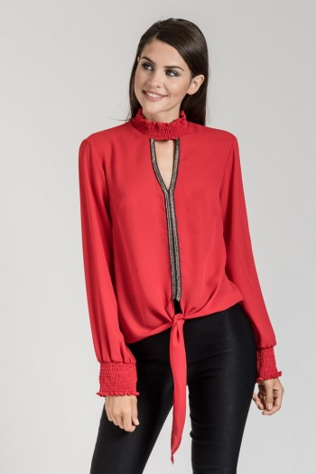 MONOCHROME TOP WITH TIE FRONT