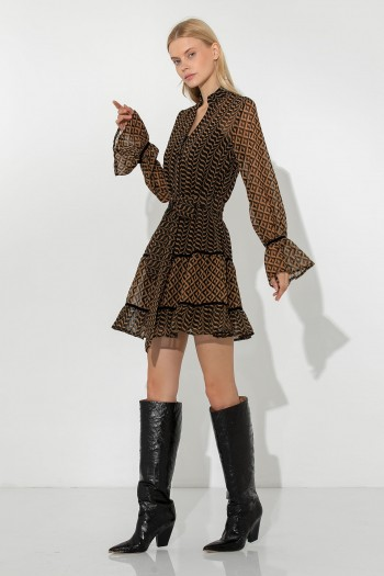 LONGSLEEVE COLLAR MINI DRESS