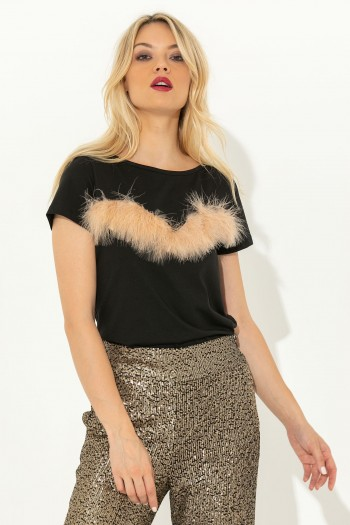 T-SHIRT WITH FUR AT CHEST